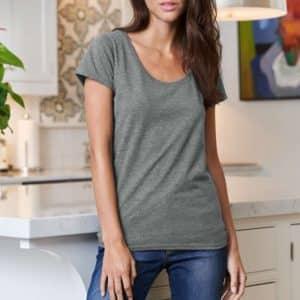Gildan SOFTSTYLE® LADIES' DEEP SCOOP T-SHIRT Pólók/T-Shirt