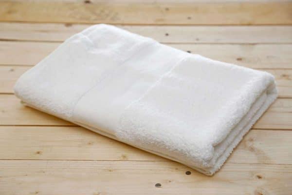 White Olima OLIMA BASIC TOWEL Törölközõk